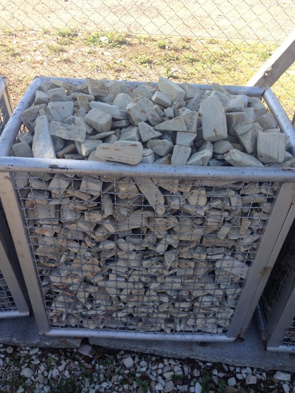 Tamboreado para jardin piedras col n srl venta de for Precio piedras jardin